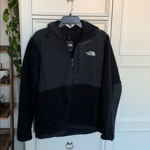Woman's northface fleece